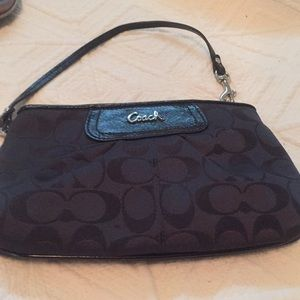 Coach wristlet - excellent shape